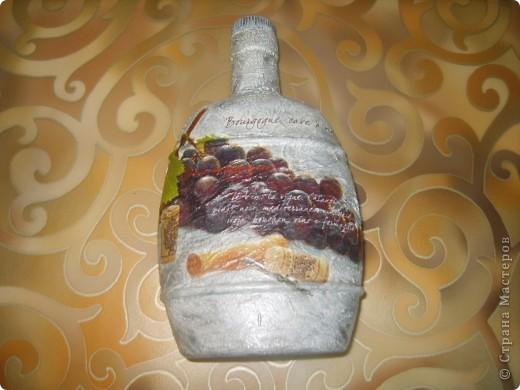 моя первая бутылка с обратным декупажем фото 2