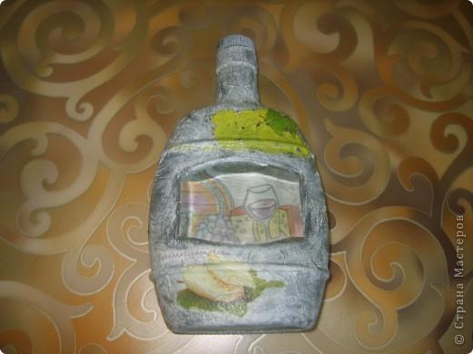 моя первая бутылка с обратным декупажем фото 1