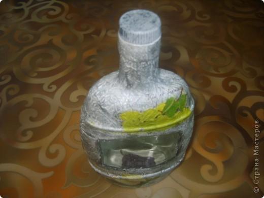 моя первая бутылка с обратным декупажем фото 4