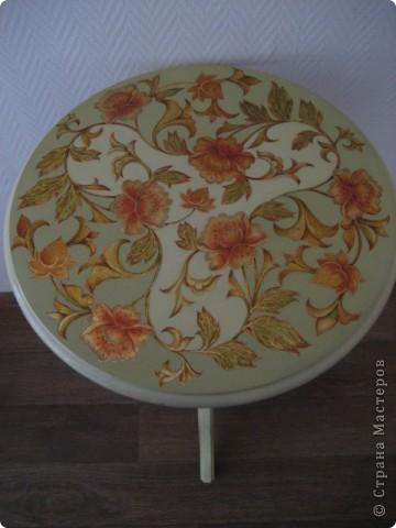 на самом деле это была реставрация трухлявого стола, с толстым, облупленным слоем краски.. фото 2