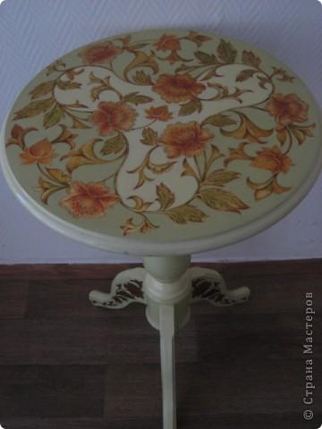 на самом деле это была реставрация трухлявого стола, с толстым, облупленным слоем краски.. фото 1