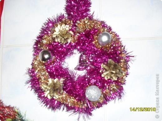 Нужно было приготовить новогодние украшения для школы и для танцкласса, поэтому пришлось постараться. фото 2