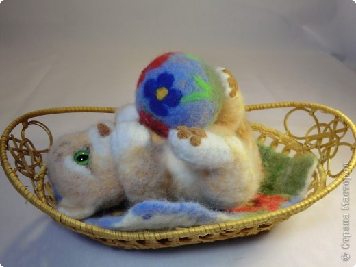 Коврик и мячик для котёнка фото 6