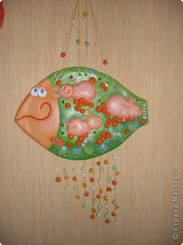 Свинятки по мотивам акварели В.Кирдий не оставляют равнодушными. По просьбе подруги сделала дубль 2. Рыбка уплывает в Москву. фото 4