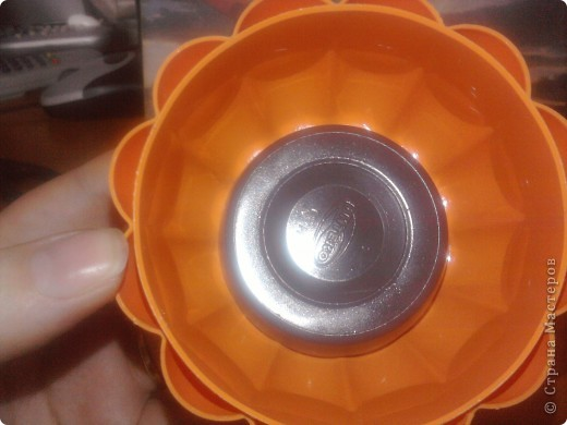 На изготовление моей шкатулки меня сподвигла ~ Ксения 2010 своим Мк по барышне-шкатулке вот ссылка на её МК http://stranamasterov.ru/node/208355?tid=451 фото 13