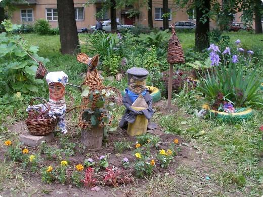 веселая семейка, поселившаяся у нас в городском  дворе фото 1