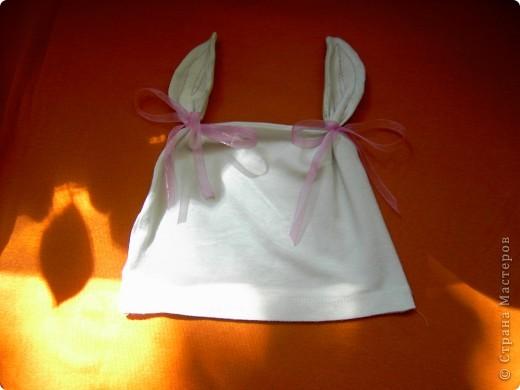 шьем шапочки из старых футболок вот по такому мастер-классу http://www.makeit-loveit.com/2011/02/knit-receiving-blanketknit-baby-hats_08.html фото 2