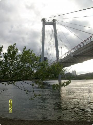 доброго времени суток тем, кто заглянул на мою страничку! прогуляемся? хочу познакомить вас с замечательным местом в г. Красноярске - набережной и вантовым мостом через р. Енисей. фото 5