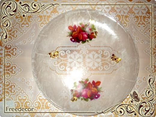 Тарелка с розами