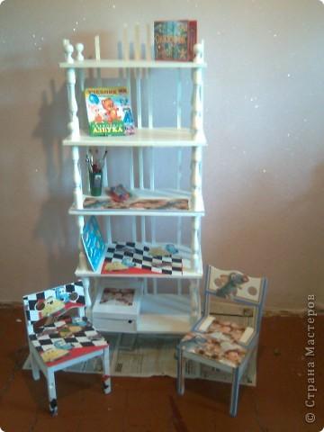 Были старые этажерка и стульчики , а стали... фото 1