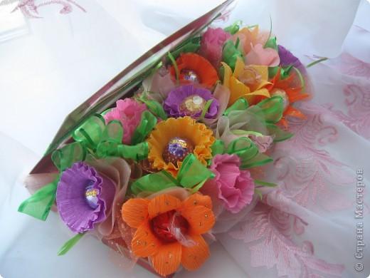 Долго не могла решиться сделать гиацинт- пугало большое количество мелких цветков.Но все же собралась с духом и через два часа появился он: фото 7