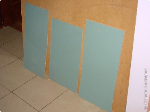 Ура, все готово. Триптих по задумке должен будет разделять визуально комнату. Цвет рам - цвет стен. Может кому то не понравиться идея цета рам в цвет стен, просто по задумке этот триптих должен быть, но особо не выделяться, т.е. как бы растворяться немного на стене. фото 14