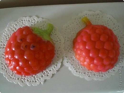решила, еще раз, попробовать сделать ягоды. Получилось не совсем то что хотела, зато есть куда стремиться фото 5