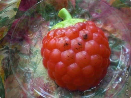 решила, еще раз, попробовать сделать ягоды. Получилось не совсем то что хотела, зато есть куда стремиться фото 2