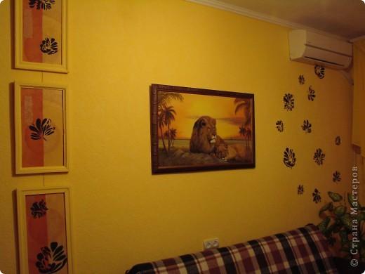 Ура, все готово. Триптих по задумке должен будет разделять визуально комнату. Цвет рам - цвет стен. Может кому то не понравиться идея цета рам в цвет стен, просто по задумке этот триптих должен быть, но особо не выделяться, т.е. как бы растворяться немного на стене. фото 3
