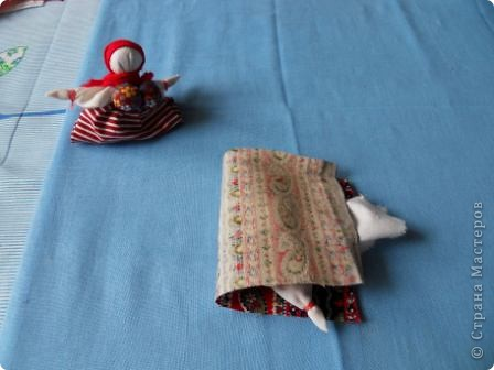 Корзинка или вазочка? здесь я сомневаюсь в названии... но когда появилось много куколок, захотелось из них сделать что-то интересное. Идей много. Будем теперь их реализовывать! Теперь у меня есть красивая корзинка для рукоделия. Да и подарок будет хороший для подруги-рукодельницы ( а также дочери, мамы и т.д.) фото 8