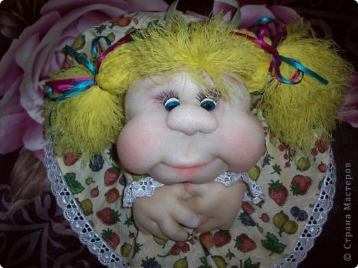 Сшила одну куколку по МК Елены http://stranamasterov.ru/user/40274, и увлеклась.  Вот такая неземная красота у меня родилась, учусь делать разные мордочки, занятие очень увлекательное. Так забавно наблюдать за тем какая мимика прорисовывается, ох, полюбились мне эти шкоды)))) фото 2