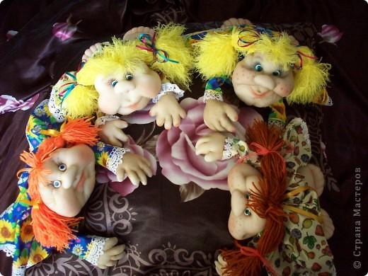 Сшила одну куколку по МК Елены http://stranamasterov.ru/user/40274, и увлеклась.  Вот такая неземная красота у меня родилась, учусь делать разные мордочки, занятие очень увлекательное. Так забавно наблюдать за тем какая мимика прорисовывается, ох, полюбились мне эти шкоды)))) фото 9