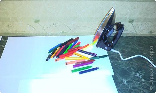 Есть специальный утюжок и цветной воск для энкаустики. Много разных приспособлений и литература. фото 2