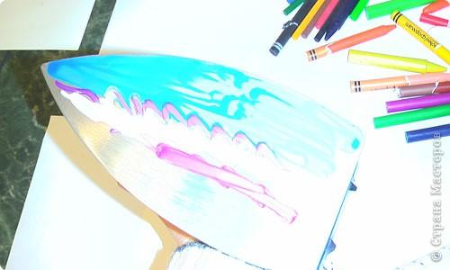 Есть специальный утюжок и цветной воск для энкаустики. Много разных приспособлений и литература. фото 3