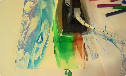 Есть специальный утюжок и цветной воск для энкаустики. Много разных приспособлений и литература. фото 7