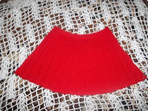 Дорогие мастерицы! Предлагаю очень простой и интересный способ для вязания пышных юбок. на поясе - двойная резинка. фото 3
