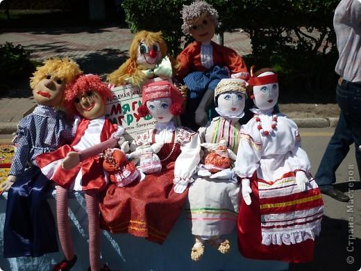 """У нас в Нижнем Новгороде каждый год проходит выставка-продажа """"Город мастеров"""". Здесь можно увидеть множество работ, выполненных в самых различных техниках. Хочу показать несколько работ, которые понравились мне больше всего. фото 3"""