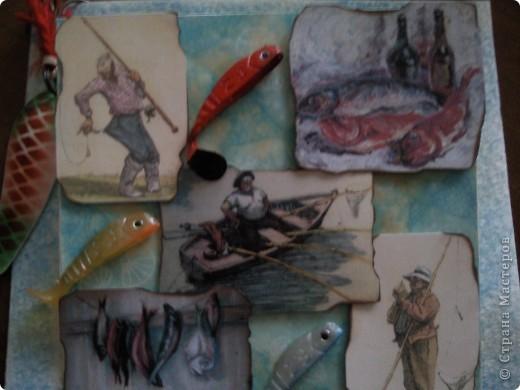 Пригласили меня на ДР папы подруги, а он рыбак, вот и родилась такая открытка поздравление)))).....видите торчит хвостик от рыбки))))))см.последнюю фотку) фото 2