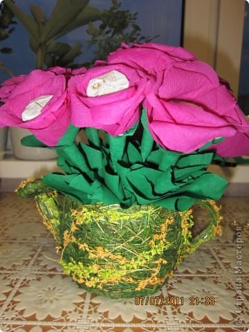 Мой первый цветочно-конфетный букетик....накнец-то фото 1