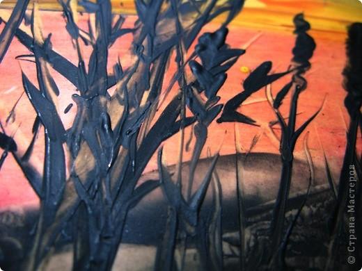 Я живу в степном краю. Необъятный простор.Балки (так у нас называют овраги), речки, пруды, камыши.Наша природа красива по-своему.В своей работе я хотела передать красоту нашего края в сумерках на закате солнца. Надеюсь, что мне это удалось. фото 2