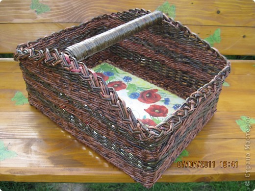 Ящик для интструментов и подсобных материалов.И Мк плетения соединения трубочек с фанеркой фото 2