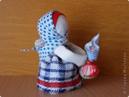 Все-таки народная кукла самая притягивающая, простая и в работе душевная. Так хочется снова и снова учиться и делать . Оказывается их столько много... Вот курсы только где-то в Москве...  фото 11