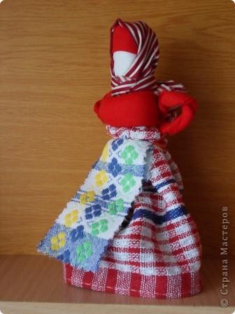 Все-таки народная кукла самая притягивающая, простая и в работе душевная. Так хочется снова и снова учиться и делать . Оказывается их столько много... Вот курсы только где-то в Москве...  фото 13