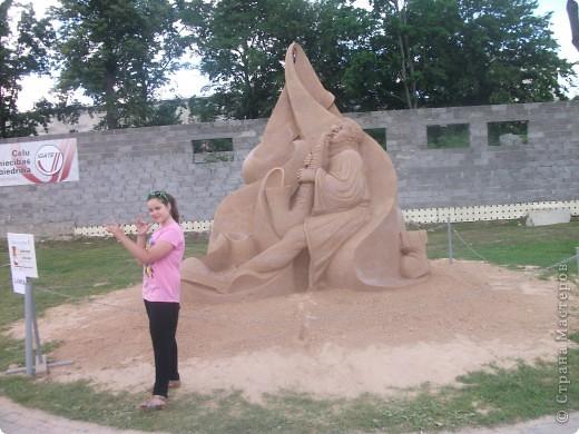 """C 4 по 10 июля в нашем городе Елгава. в парке Узварас (Победы) проходил 5-й международный фестиваль песчаных скульптур """"Summer signs""""(Знаки лета). В этом году тема фестиваля была """"Цирк"""". Участввовали 16 известных скульптуров из разных стран. фото 10"""