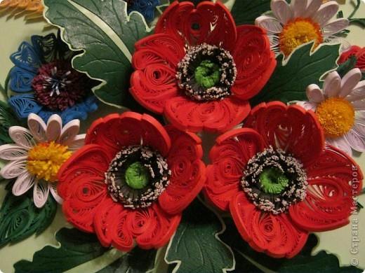 Такой букетик сложился из цветов, которые остались от большей работы, которая ниже. фото 3