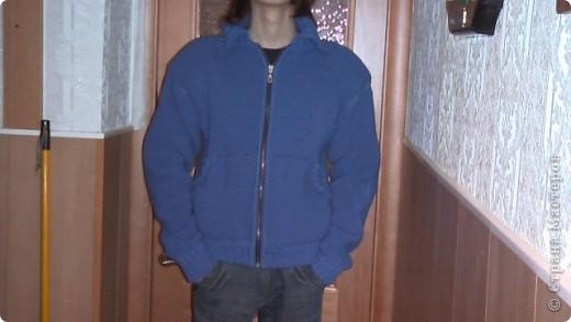 Решила вам показать, как я вязала на машинке Зингер курточку сыну. фото 1