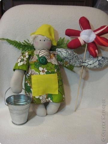Здравствуйте, мои хорошие!!!!  Сегодня я вас хочу познакомить с Тильдо-садовым Ангелом.   Посмотрите----- фото 1