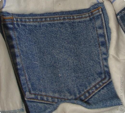"""Вот такая сумочка в стиле """"крейзи"""" пэчворк получилась из старых джинсов. фото 5"""