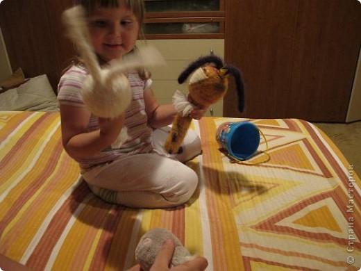 Вот они - мои долгожданные кролы! Принц Маук и его возлюбленая Мая! Они ехали долго, но даже не притронулись к конфеткам, которые им положили в дорогу. Вот это настоящая любовь!)))) фото 9