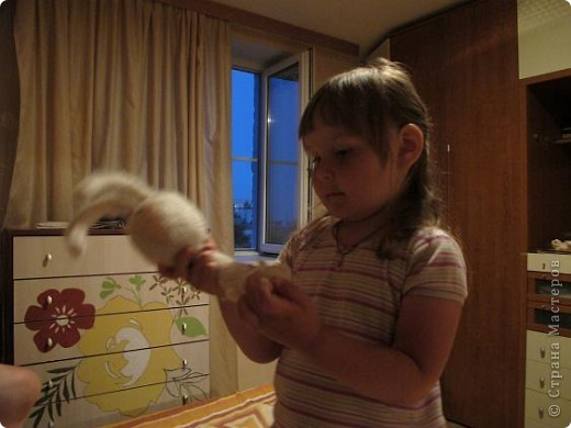 Вот они - мои долгожданные кролы! Принц Маук и его возлюбленая Мая! Они ехали долго, но даже не притронулись к конфеткам, которые им положили в дорогу. Вот это настоящая любовь!)))) фото 8