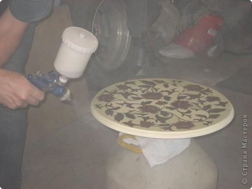на самом деле это была реставрация трухлявого стола, с толстым, облупленным слоем краски.. фото 6