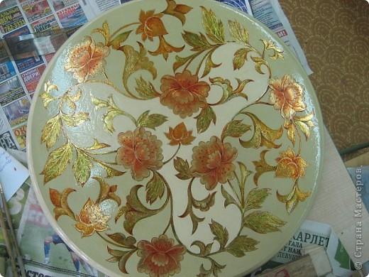 на самом деле это была реставрация трухлявого стола, с толстым, облупленным слоем краски.. фото 5