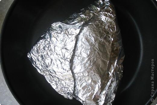 индейка запечённая в фольге нам понадобится: бедро индейки, фольга, специи по вкусу (у меня: сушеный укроп, сушеный чеснок, приправа для курицы) фото 4