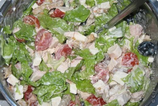 индейка запечённая в фольге нам понадобится: бедро индейки, фольга, специи по вкусу (у меня: сушеный укроп, сушеный чеснок, приправа для курицы) фото 16
