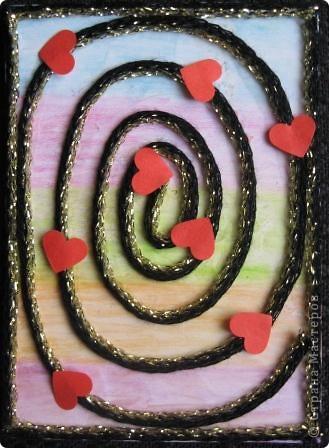 Спиральки из ниточек с люрексом. В ход пошли подарочки-дырокольности. фото 3