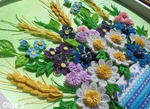 Этот букетик незатейливых полевых цветов сделала просто так, для себя в память о лете. Когда делала цветы, все время вспоминались строчки известной песни: Полевые цветы, полевые цветы Незатейливы, не капризны. Полевые цветы, полевые цветы, Как простые мечты.  фото 3