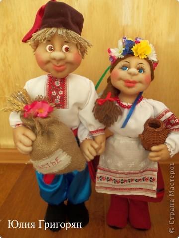 Парочка в украинском национальном костюме фото 5