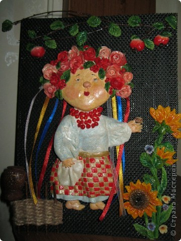 украиночка со шматочком сала фото 1