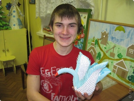 Алексей Веселов и его подарок.