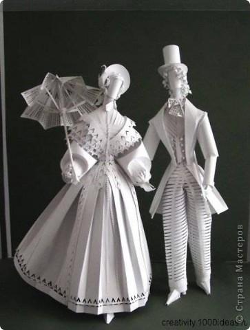 Это бумажные куклы украинской художницы Аси Гонца. Случайно увидела в интернете, захотелось вам рассказать. фото 5